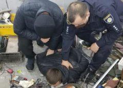 На Тячівщині затримали наркодилера